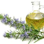 Olio (oleolito) di rosmarino, ricetta e indicazioni per prepararlo fai-da-te
