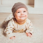 """Un neonato può imparare qualsiasi lingua: come funziona l'apprendimento della """"lingua madre"""""""