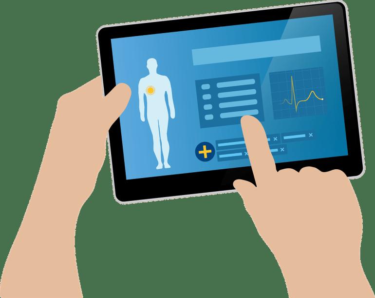 médico usando tecnologia