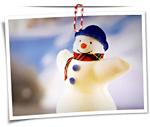 Ein Schneemann - und wie der sich freut!