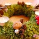 Adventskranz 2012 aus Moos und anderen Naturmaterialien