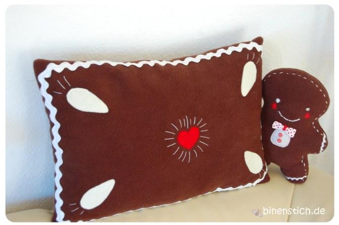 Nähen für Weihnachten: Lebkuchenkissen - gratis Anleitung - und Lebkuchen-Baby   binenstich.de