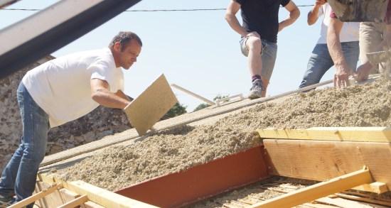 isolation toiture chantier chaux chanvre