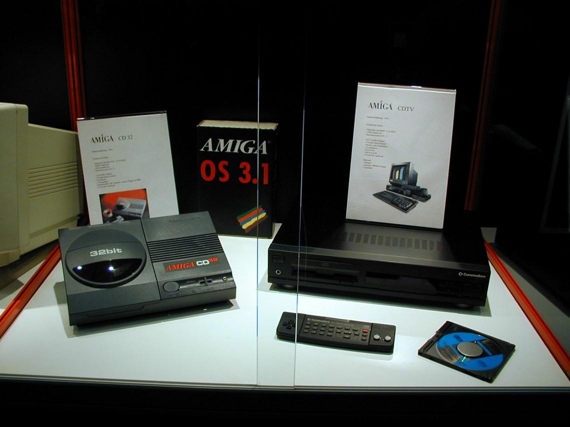 Commodore CD32, CDTV