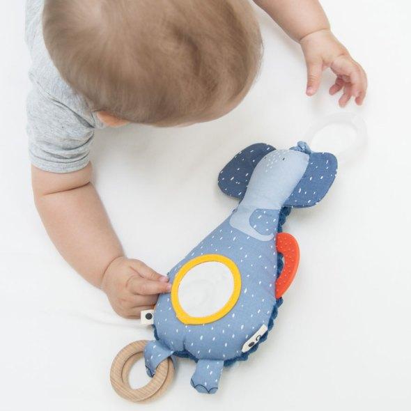 jugar con bebés recién nacidos