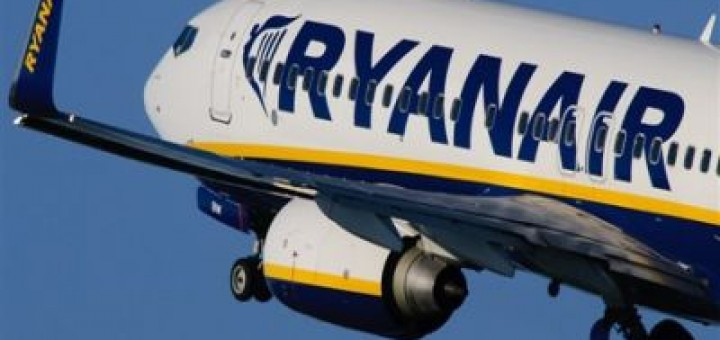 ryanair-boeing-737.jpg.500x400-thumb-500x332-65366-720x340