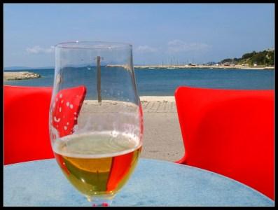 Južina u čaši piva