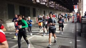 Runners in the 2013 New York Marathon on the Queensboro Bridge, entering Manhattan. (Picture by Koen BlanquART)
