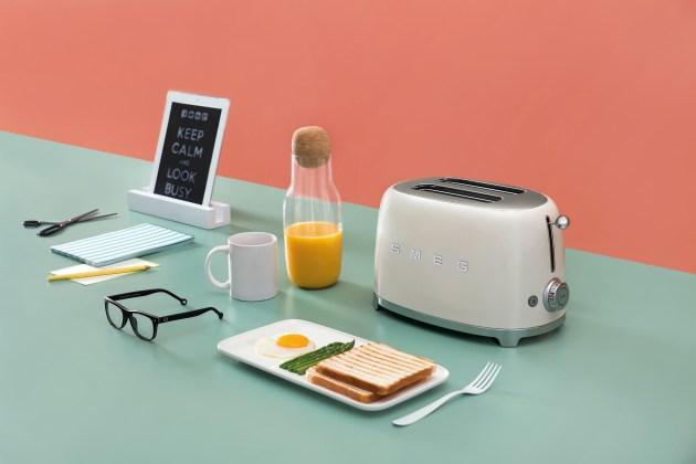 WEB_TSF01CRAU_20.jpg-smeg-toaster-retro-design-50s-60s-shop-bleywaren