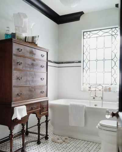 Traditional Bathroom by Greenville Interior Designers & Decorators Panageries