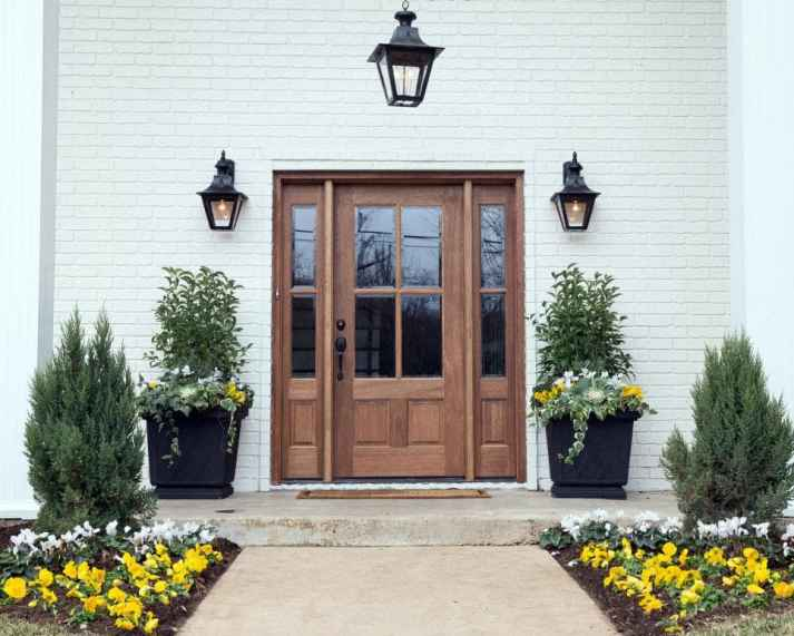 Fixer-Upper-Twin-Flower-Container-Garden-Ideas