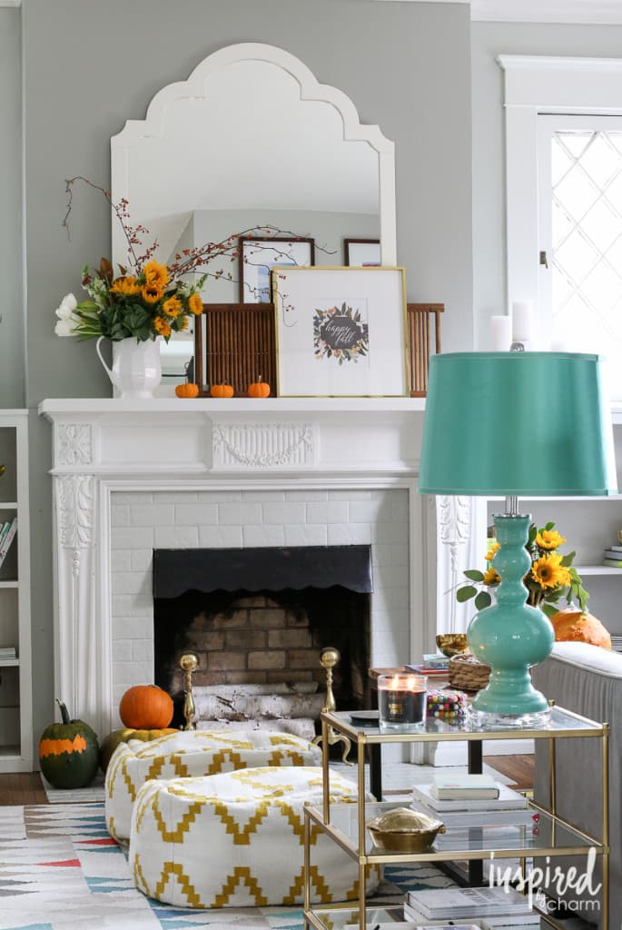 Colorful Fall Mantle