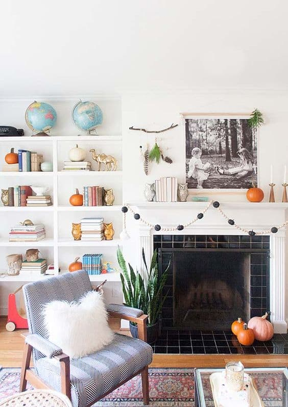Fall Decor for Built-in Shelves