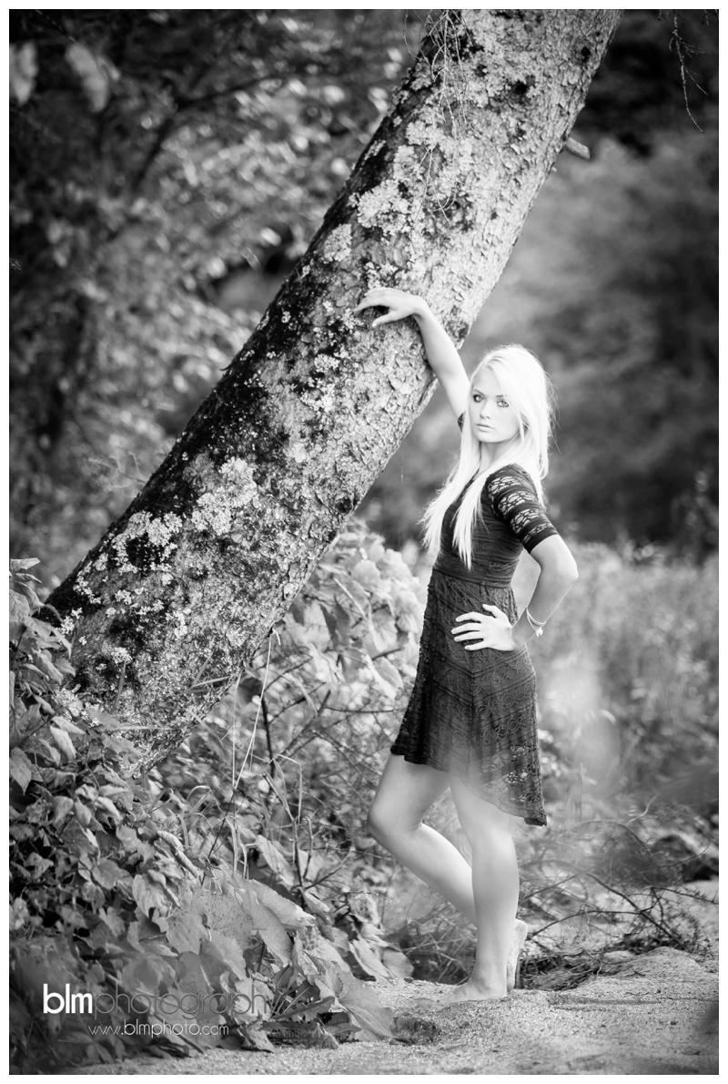 Corrina-Oakley_Senior-Photos_092315-4656.jpg