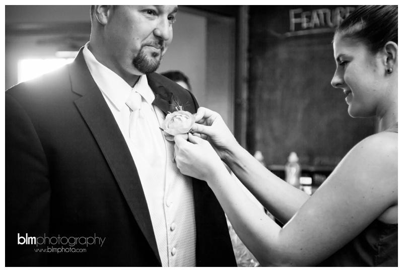 Tara-Ryan-Wedding-at-the-Red-Barn-at-Outlook-Farm_091815_0234-2.jpg