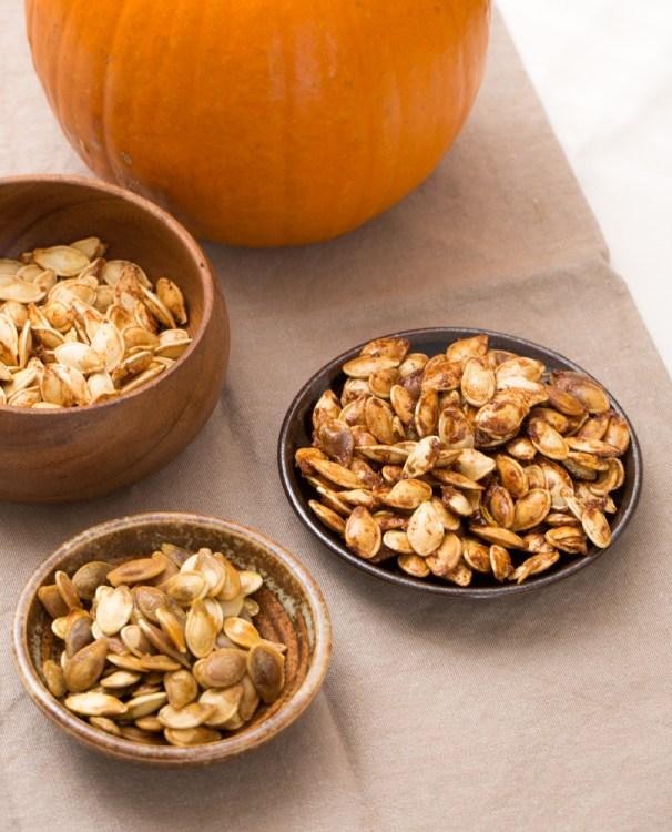 roasted pumpkin seeds with seasoning