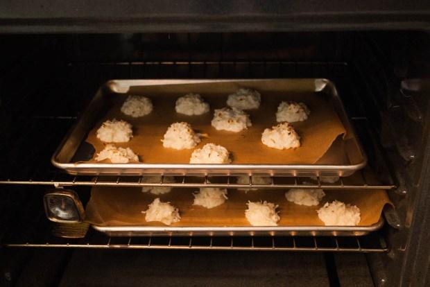 coconut macaroons in oven