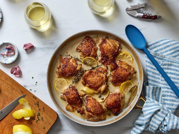 Braised chicken thighs with white wine