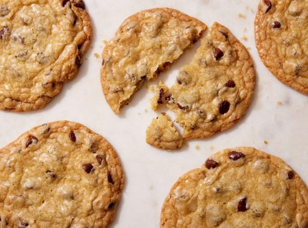 flat-chocolate-chip-cookies