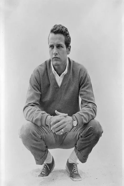 Paul Newman y el combo de chinos y sweater.