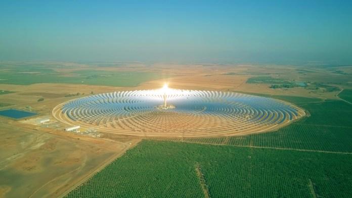 energia elétrica solar _ usina heliotérmica