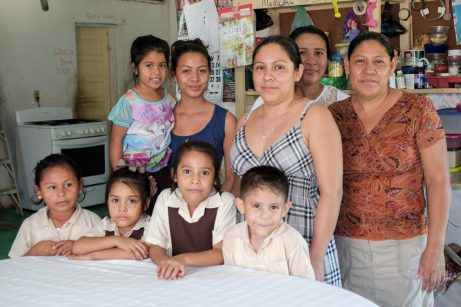 Homestay group member Velia Canul with her children and grandchildren