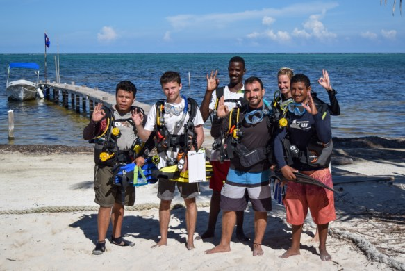 Dive training Belize Fisheries Department
