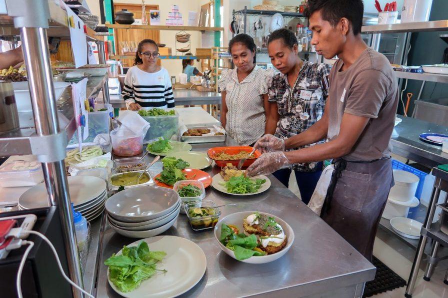 Visiting the kitchen | Photo: Jenny House