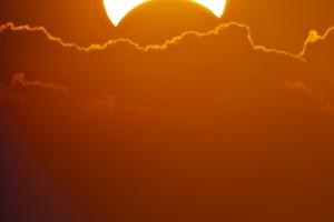 partial-solar-eclipse-web