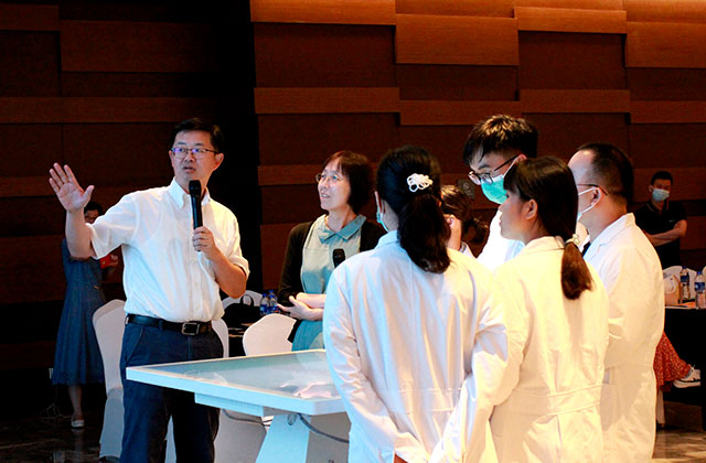 Workshop 1 by Professor Xiang Yang from Huashan Hospital affiliated to Fudan University at Body Interact Chinese Community meeting