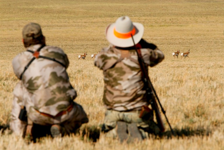Ron Spomer and guide glassing for pronghorn antelope