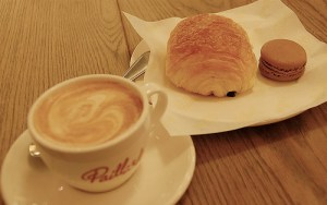 Croissant and Coffee! Source: http://www.flickr.com/photos/lwy/2369697130/sizes/m/in/photostream/