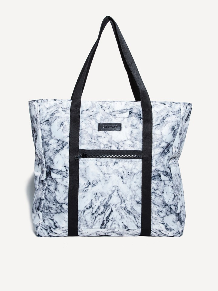 1ccf500171bb 15 Amazing Gym Bags For All Your Healthy Essentials