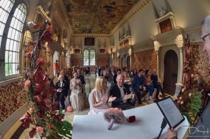 Der Hochzeitsfotograf fotografiert die standesamtliche Trauung im Hirsvogelsaal!
