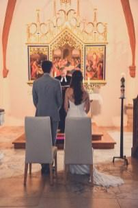 Die Trauung fotografiert von dem Hochzeitsfotografen aus Nuernberg. Hochzeitsfotograf in Leerstetten.