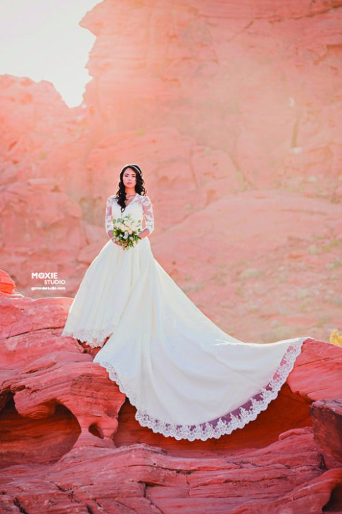 Bridal Spectacular_.Moxie Valley of Fire_Karenn8