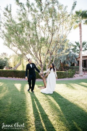 Bridal Spectacular_FearnWedding - Jenna Ebert Photography - The Grove-1