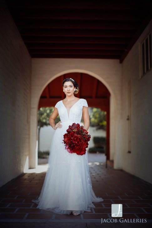 Bridal Spectacular_JacobGalleriesLVGeycee04blog