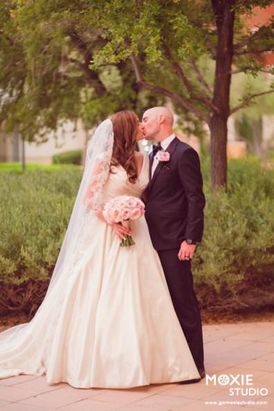 Bridal Spectacular_JacquelineMattWedding-MoxieStudio-HiltonLLV-777web