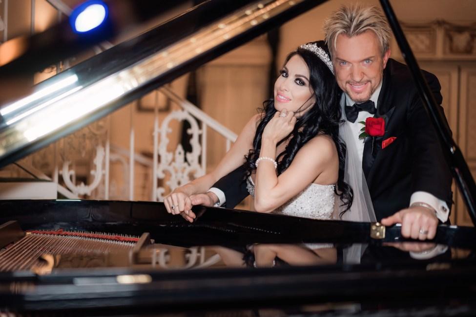 Bridal Spectacular_Jennifer & Chris Real Wedding_Zowie Bowie_12