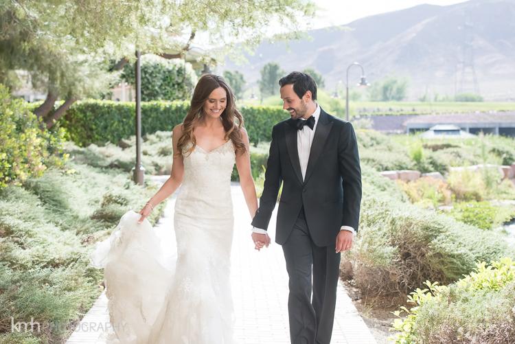 Bridal Spectacular_KMH-ChivarskyWedding-HiltonLakeLV-00260060