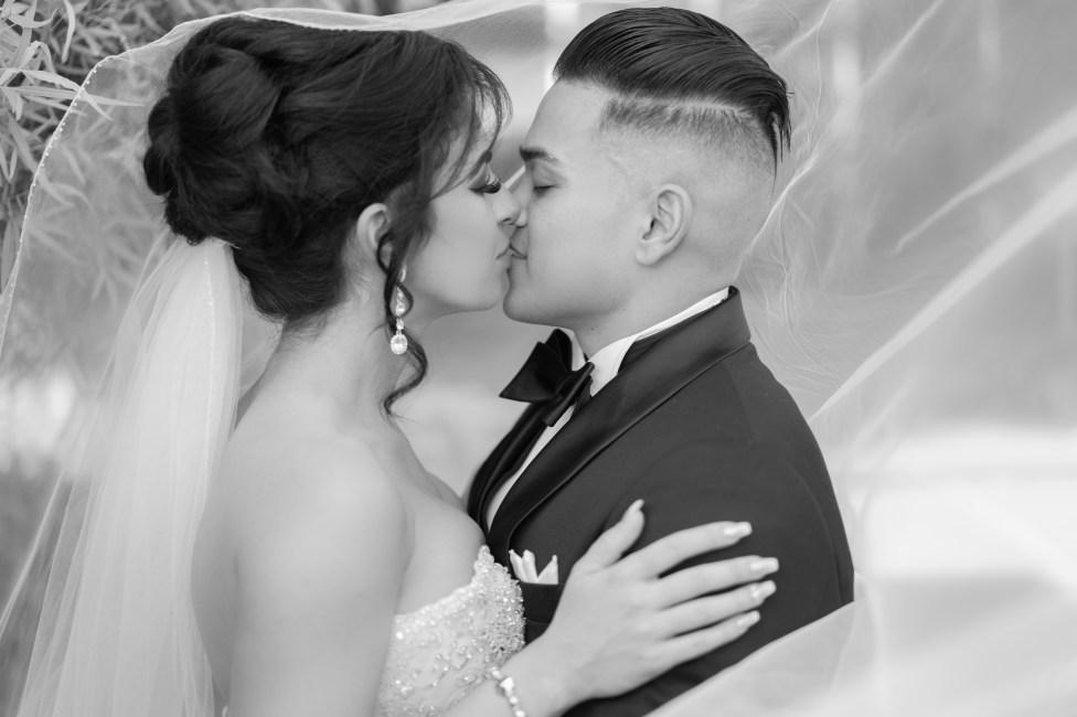 Bridal Spectacular_ellagagianostudios_SRa-404