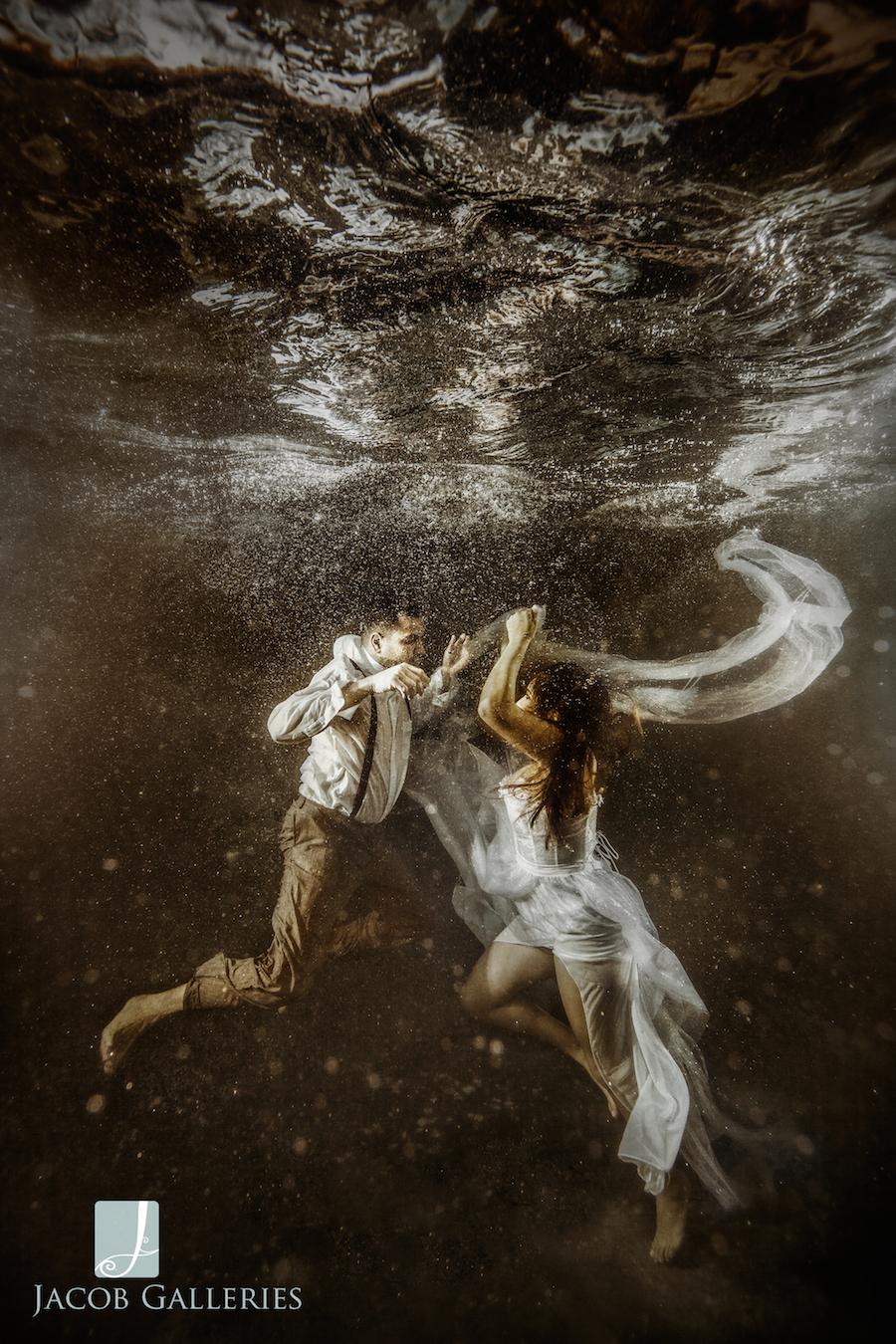 Spectacular Bride_JcbGalleriesStyleShootUnderwaterBLOG02