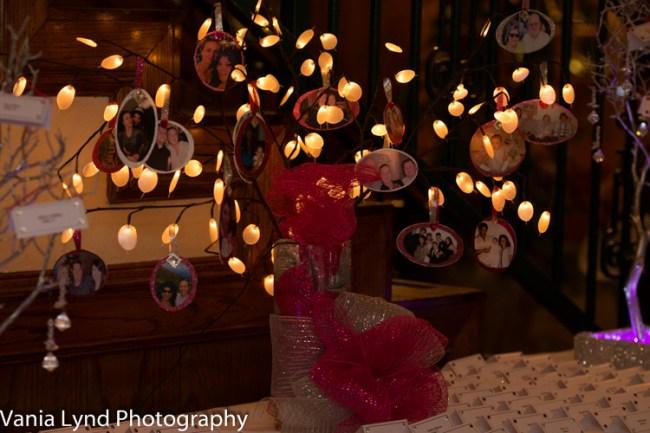 Vania Lynd Photo - Miriam and Kristen web-038