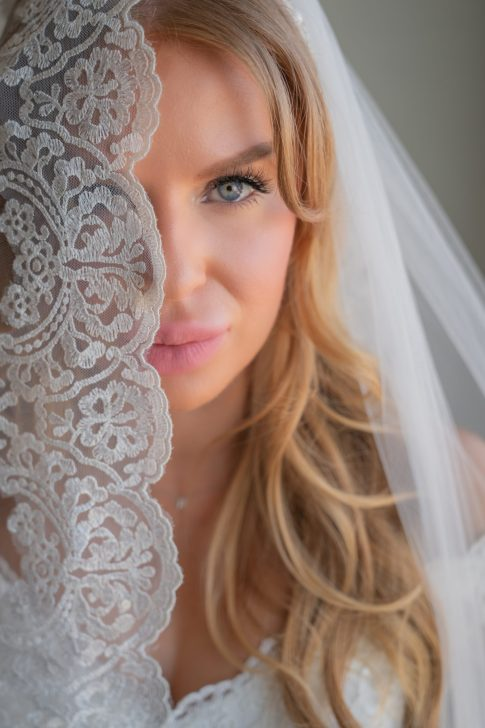 Close up of bride at a luxurious las vegas destination wedding.