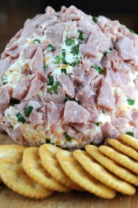 Ham And Chesse Ball With Crackers