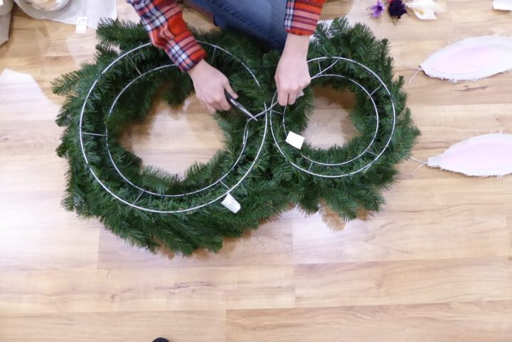 Tie wreaths together