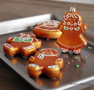 Bronner's features a selection of exclusive, glass gingerbread Christmas ornaments that can be personalized for free!