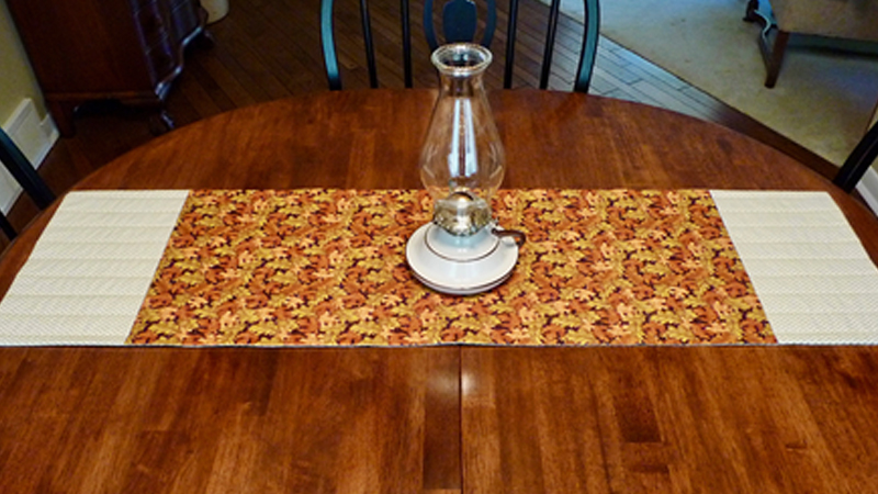 Foot of the Month: Quick Quilted Holiday Table Runner