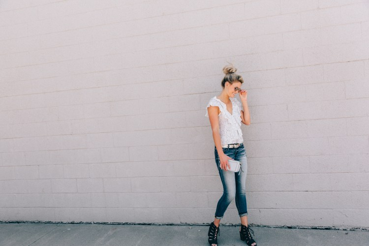 How to Style that Classic Jean and White Top Look